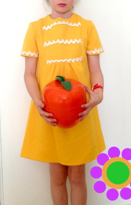 la petite robe jaune